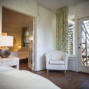 besant suit room view